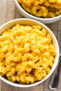 Easy, Homemade Macaroni and Cheese | Recipe at EverydayEasyEats.com