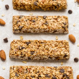 Healthy Chocolate Chip Granola Bars (No-Bake)