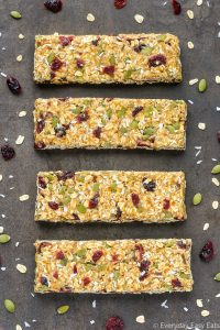 Healthy No-Bake Nut-Free Granola Bars | Recipe at EverydayEasyEats.com