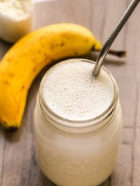 How to Make a Healthy Homemade Protein Shake