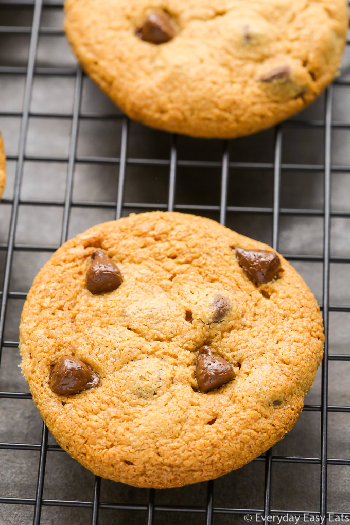 Peanut Butter Chocolate Chip Cookies No Flour Everyday Easy Eats