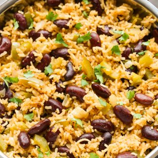 Easy One-Pot Cajun Rice (Vegetarian & Vegan)